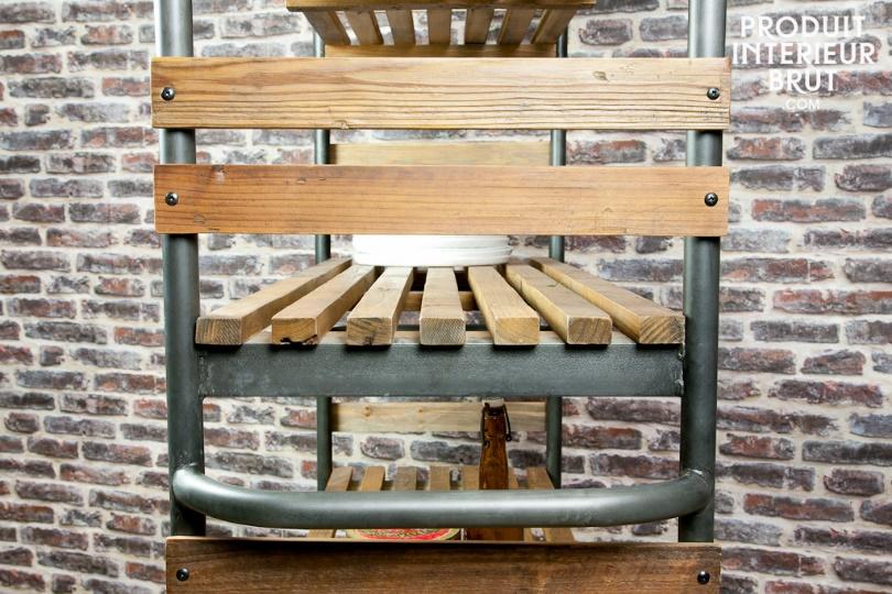 L'étagère en bois et métal sur roulettes Brooklyn de P.I.B.